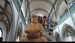 us_luther_210717